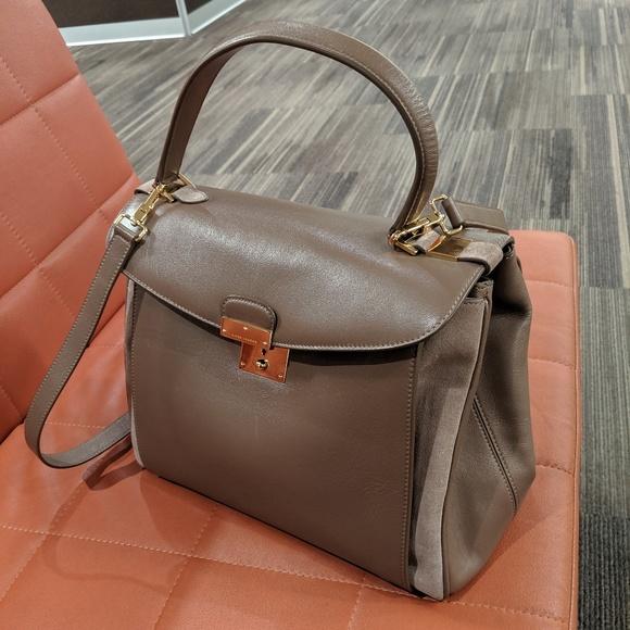 Marc Jacobs Handbags - Marc Jacobs Flap Top Metropolitan Satchel